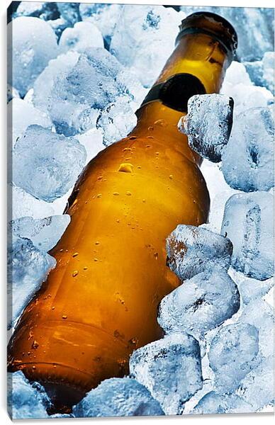 Постер на подрамнике - Кубики льда и бутылка
