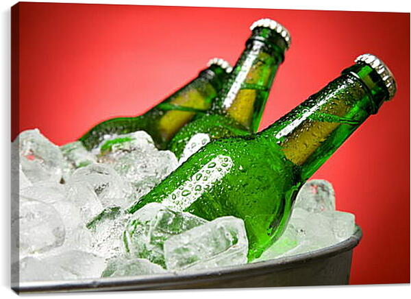 Постер на подрамнике - Бутылки в кулере