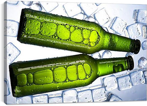 Постер на подрамнике - Кусочки льда и бутылки