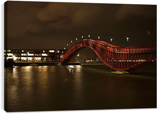 Постер на подрамнике - Мост Питон