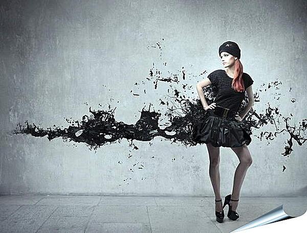 Плакат на стену - Девушка в черном