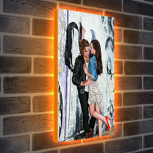 Лайтбокс световая панель - Прень и девушка