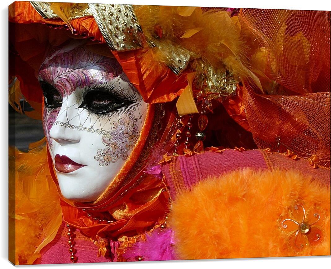 Девушка в маскеЛюди<br>Модульная картина из 4 частей . Любые размеры и конфигурации на выбор. Материал печати: натуральный холст.<br>Размер: 90x67 см., 120x90 см., 150x112 см.;